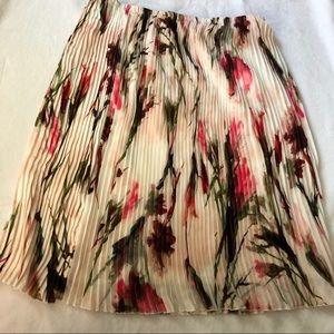 English laundry pleated midi skirt size large